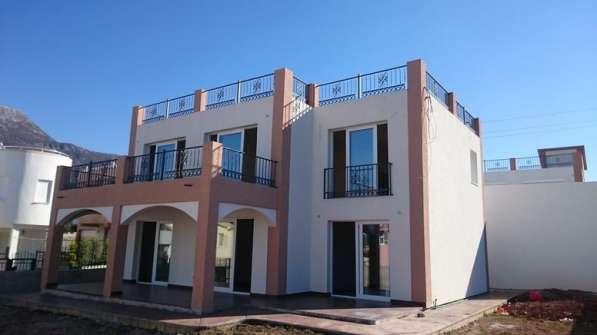 Новый дом 200 кв. м. в поселке Добра Вода. Черногория