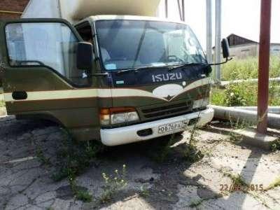 грузовой автомобиль Isuzu Elf
