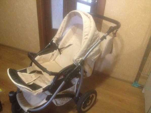 Продам детскую коляску 3 в 1 в хорошем состоянии в фото 4