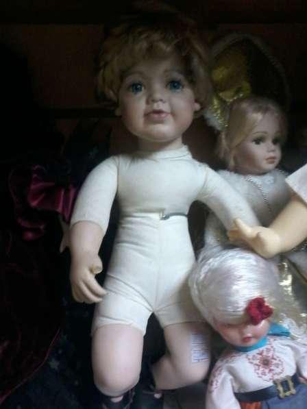 Старая фарфоровая кукла