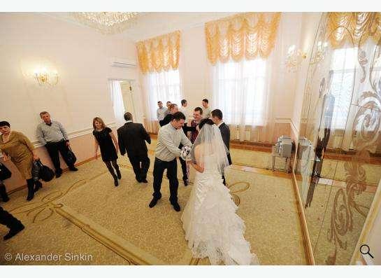 Свадебное платье (шляпка и клатч в подарок) в Томске фото 3