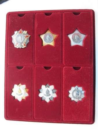 Палеты под ордена и медали и любые знаки!