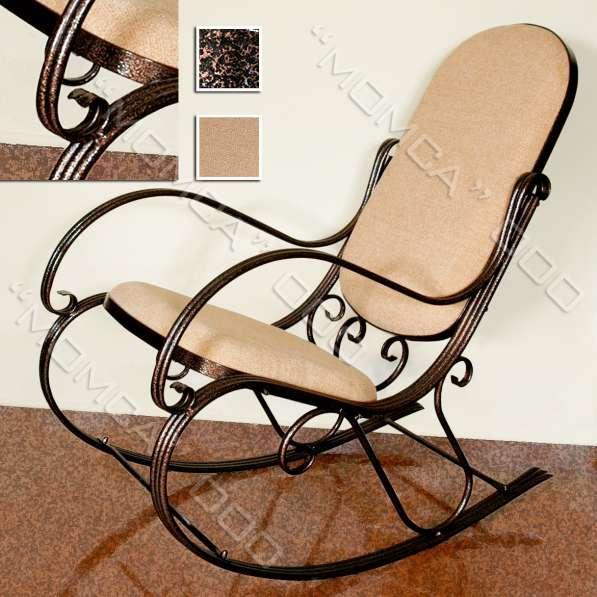 Художественное кресло-качалка, дело рук кузнеца