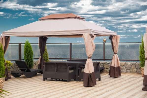 Гостиница на берегу моря