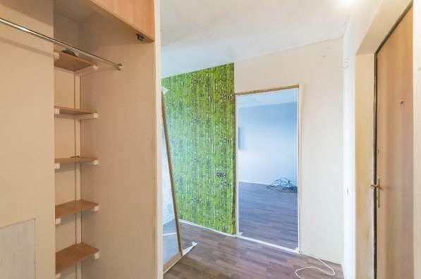 Продается двухкомнатная квартира улучшенной планировки в Екатеринбурге фото 9