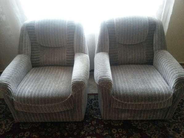 Продам 2 мягких кресла, серого цвета