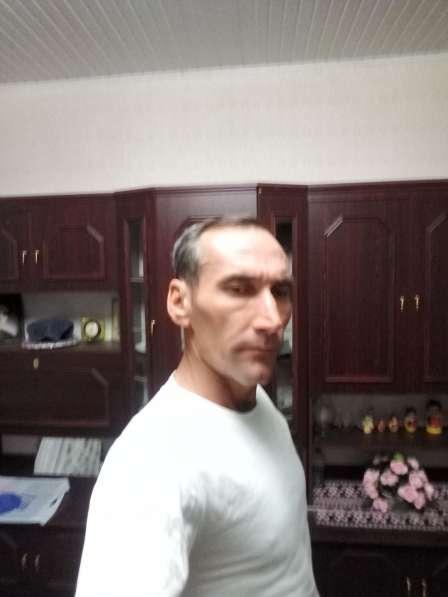 Mircea, 47 лет, хочет познакомиться