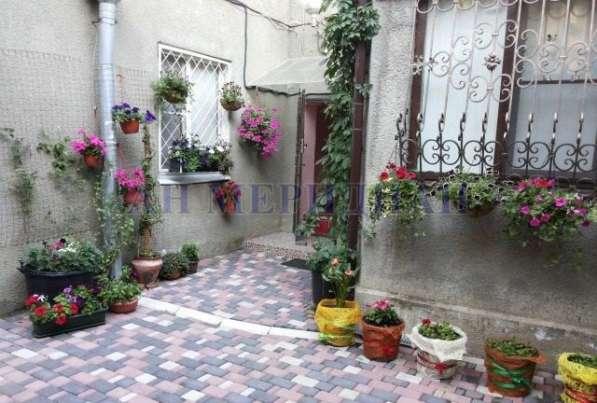 Квартира с итальянским двориком!