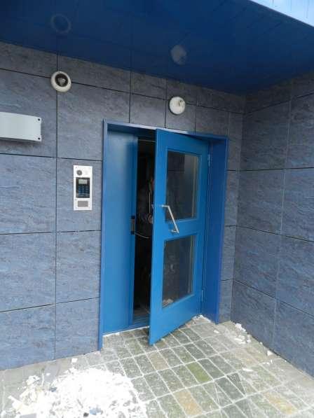 Двери подъездные; домофона и тамбурные в Новосибирске фото 6