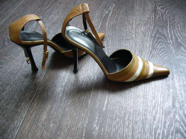 Красивые туфли. Кожа. Италия