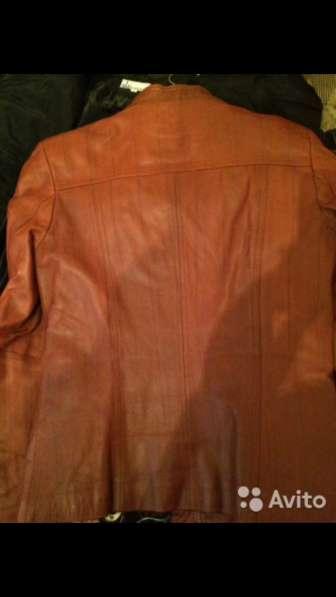 Кожаная кожзам куртка