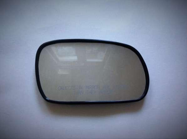 Стекло зеркала правого 31121495 Daewoo Nexia