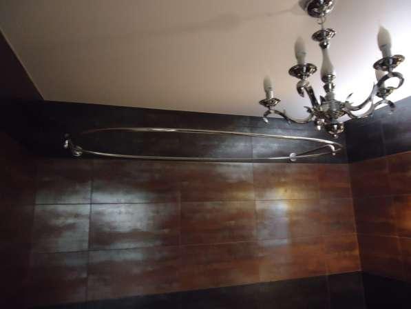 Карнизы для овальных ванн из полированной нержавеющей стали