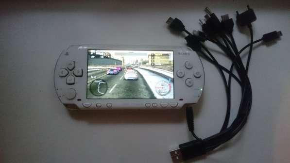 Sony PSP белая прошитая