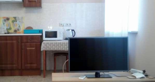 Студия 33м на Парусный 48 с евроремонтом сдаю в Ростове-на-Дону фото 3
