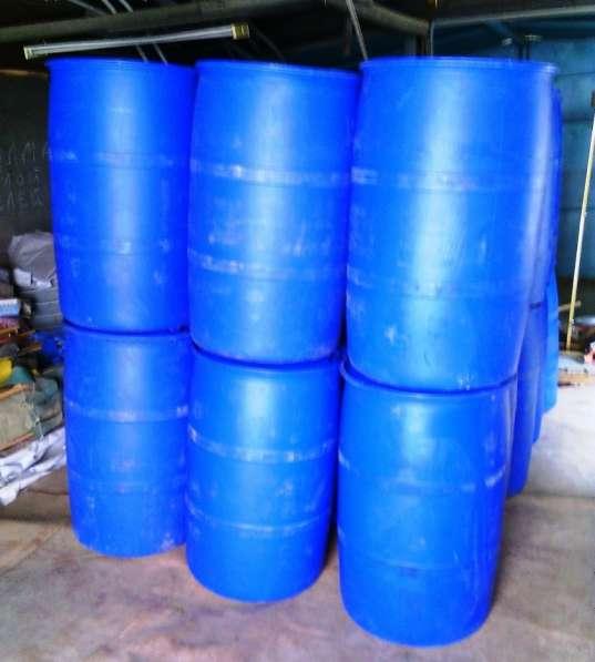 Бочки пластиковые бу 225 лт. 2 горла пищевые чистые