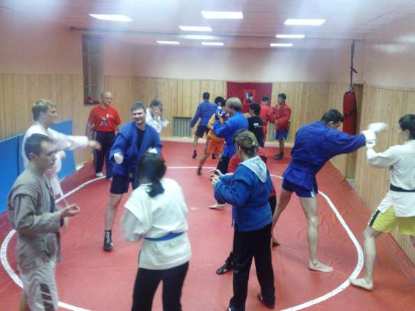 Тренировки и соревнования по самбо и боевому самбо