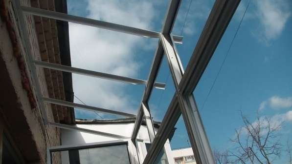 Установка крыш на балкон и лоджию в фото 5