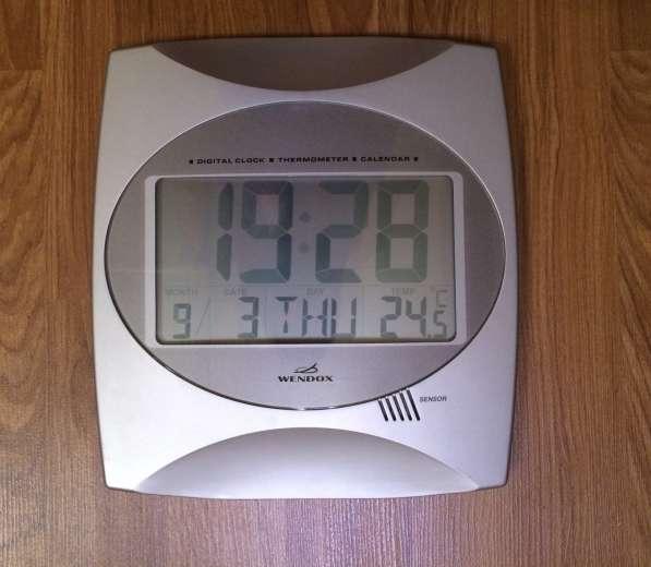 Настенные часы Wendox (UK)