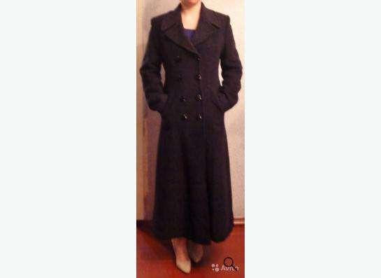 Строгое классическое пальто в Кандалакше