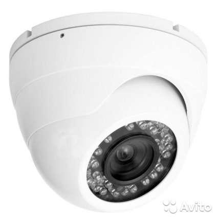 Камера цветного видеонаблюдения AXI M61IR