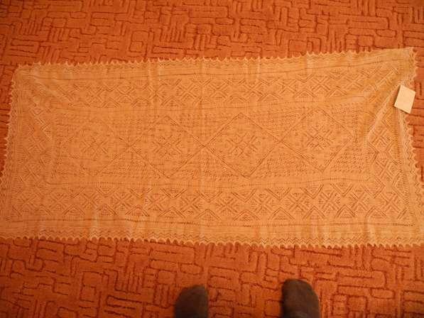 Оренбургский платок новый продаю