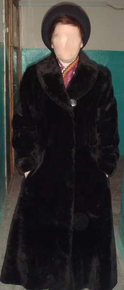Пальто из мутона -шуба.