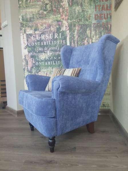 Шикарное каминное кресло