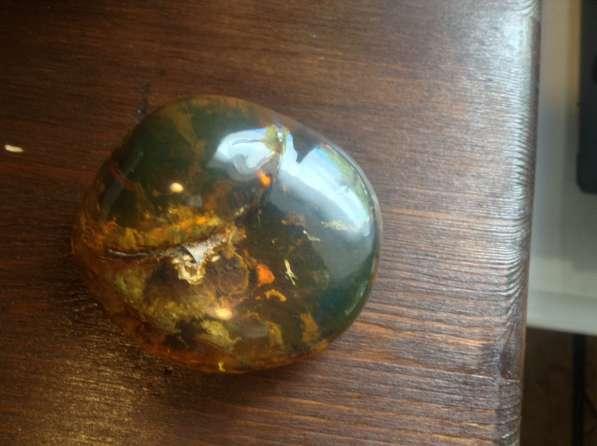 Кабашоны, изделия из янтаря