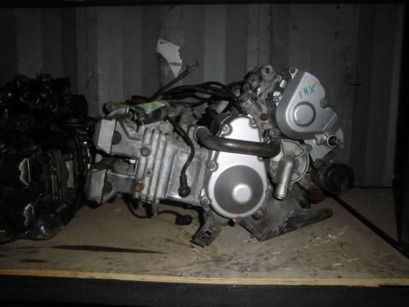Двигатель YAMAHA FZR 250