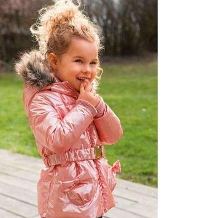 Две Курточки нежно- розового цвета на рост 100 и 120 см.