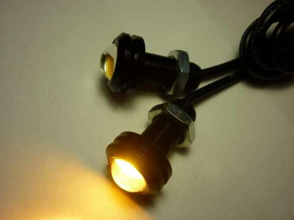 Светодиодные огни 18мм желтый свет черный корпус