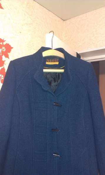 пальто женское синего цвета. в Артеме фото 3