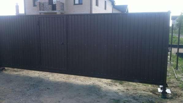 Откатные ворота 4,0*2,0 м со встроенной калиткой