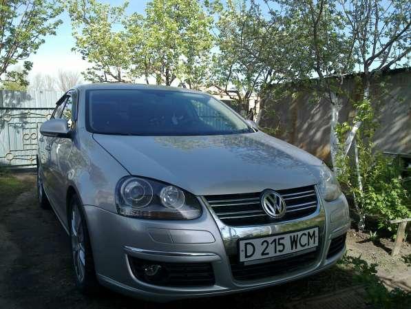 Автомобиль VW Jetta FSi 2.0