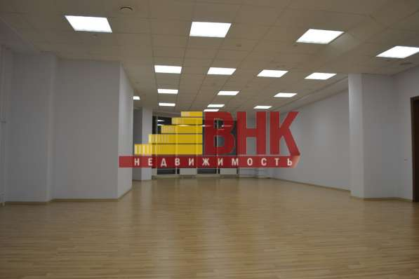 Офисное помещение, 910 м²