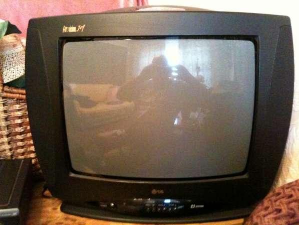 Телевизор кинескопный