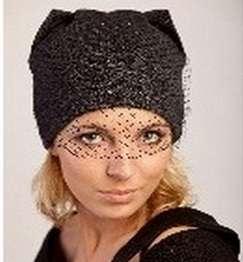 Женская трикотажная шапка с вуалью фирмы SHERONA модель 337