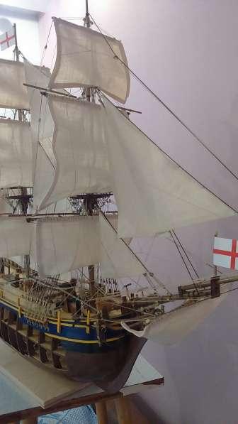 Модель знаменитого мятежного корабля BOUNTY