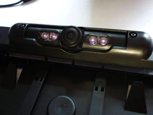 Рамка автомобильного номера с камерой (подсветка 4ик диода)