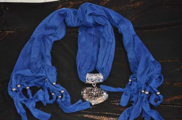 Продам индийский шарфик с кулоном