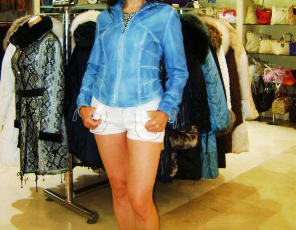 Куртка кожаная(Турция),мятного цвета, почти новая.46 размер.