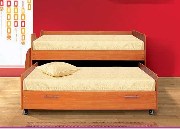 Кровать одинарная+кровать выкатная