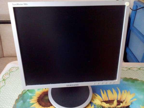Монитор Samsung SyncMaster 740