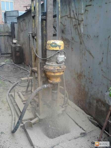 Бурение и ремонт скважин малогабаритной установкой