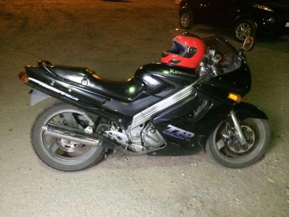 Kawasaki ZZR 250 1999г