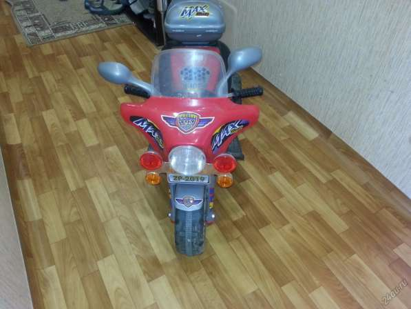 Детский электромотоцикл.