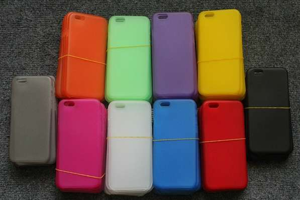 Чехлы для iPhone 6.