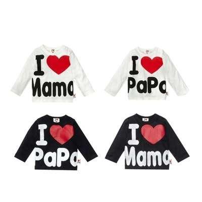 Белые футболки с надписями Mama и Papa на рост 110 см.