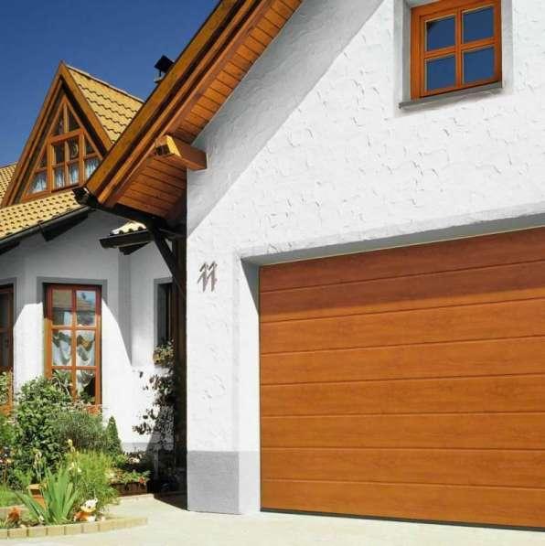 Автоматические гаражные секционные ворота RSD02